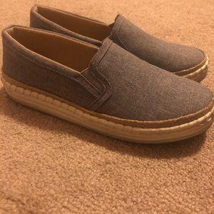 Grey Soda Shoes size 8